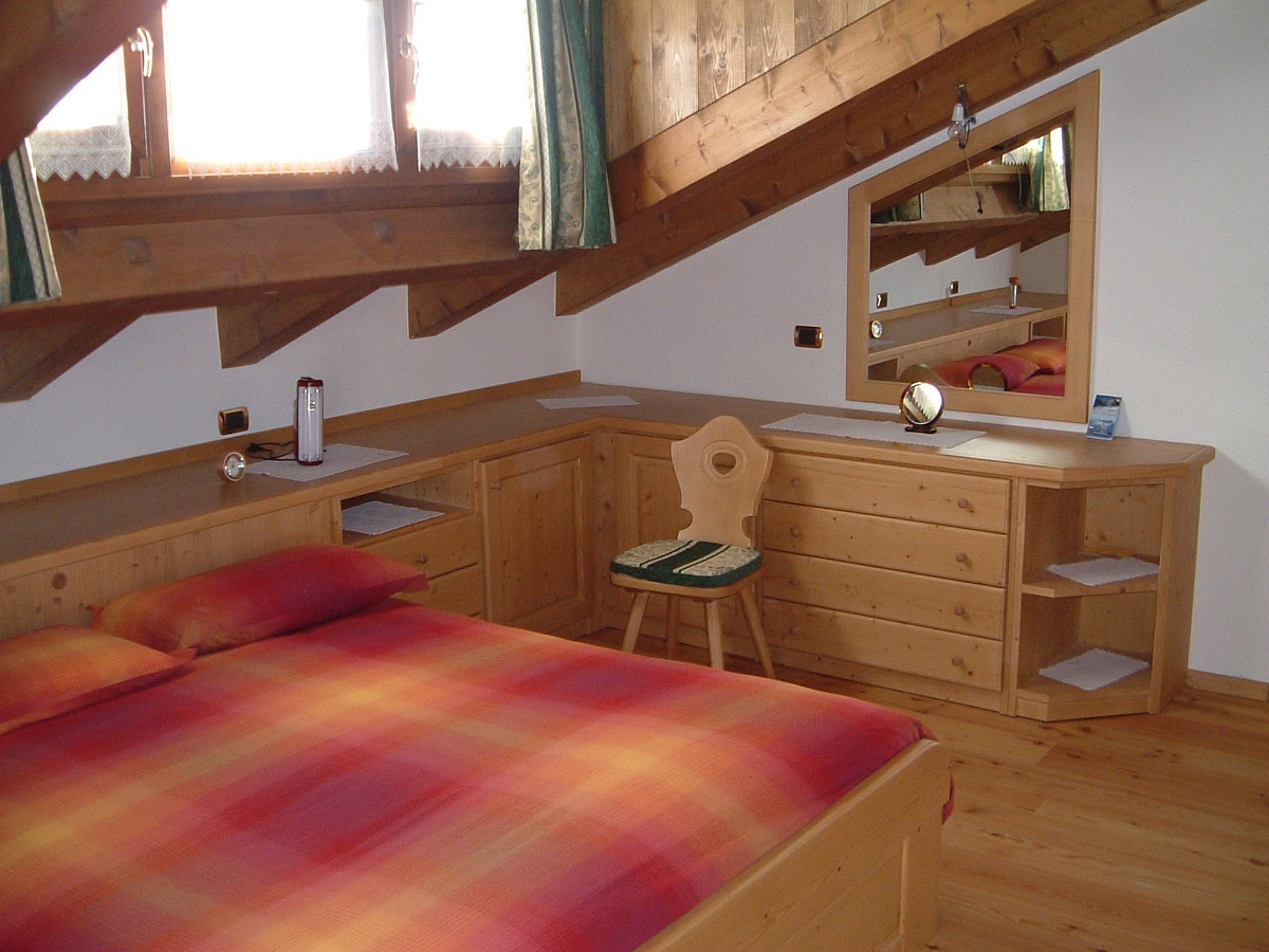 camere da letto matrimoniali in legno stile montano
