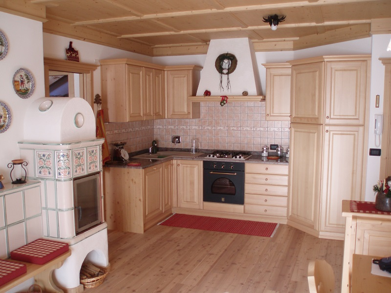Zona cucina con stube